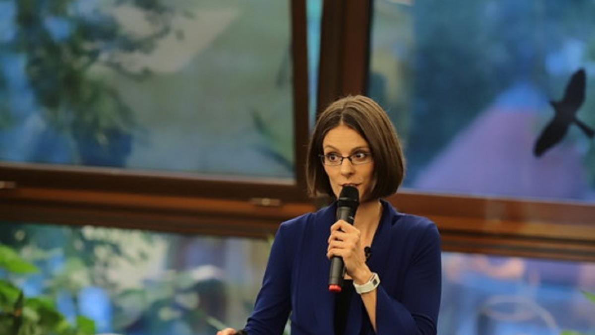 Melegszívű, erőskezű nevelés - Geszvein Erika tanácsadó pszichológus ONLINE előadása