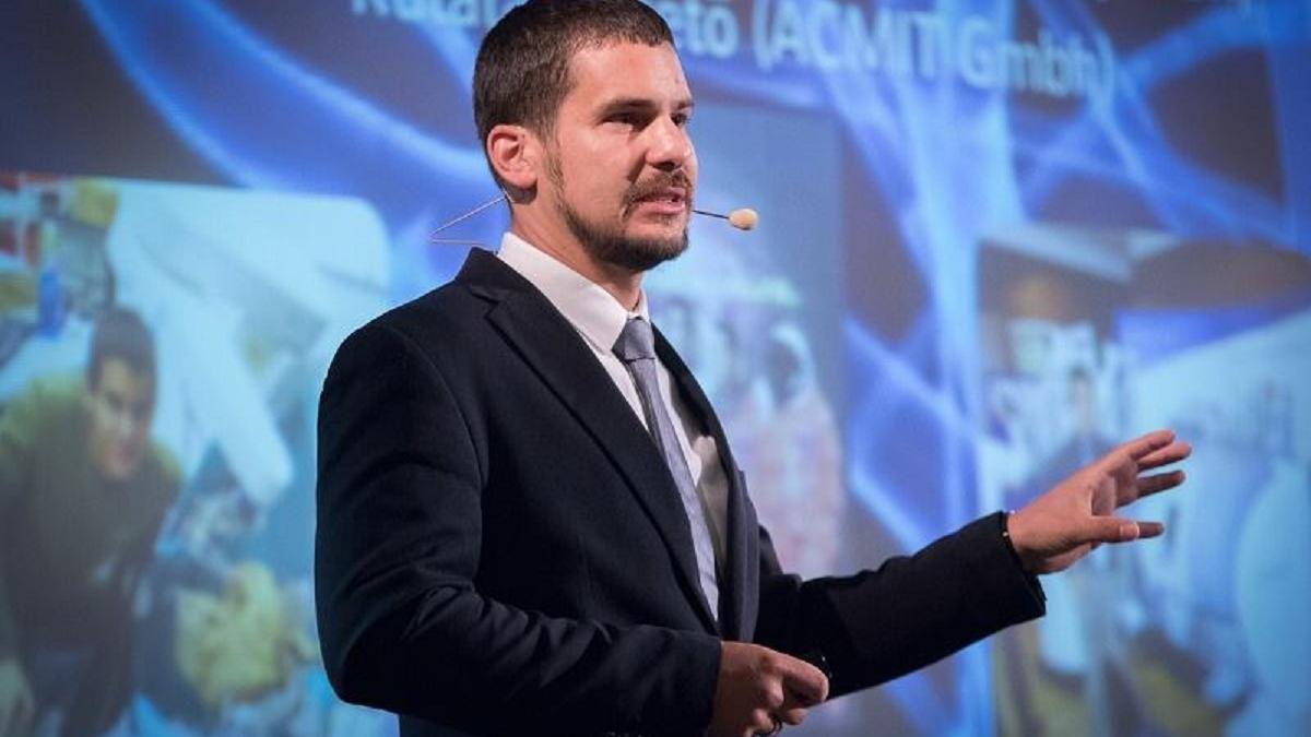 Üdv a 21. században! Dr. Haidegger Tamás orvosbiológiai mérnök online előadása